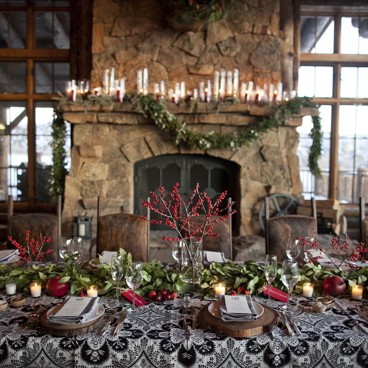 Inspiring Holiday Tablescapes with Floral Designer Natalie Bowen